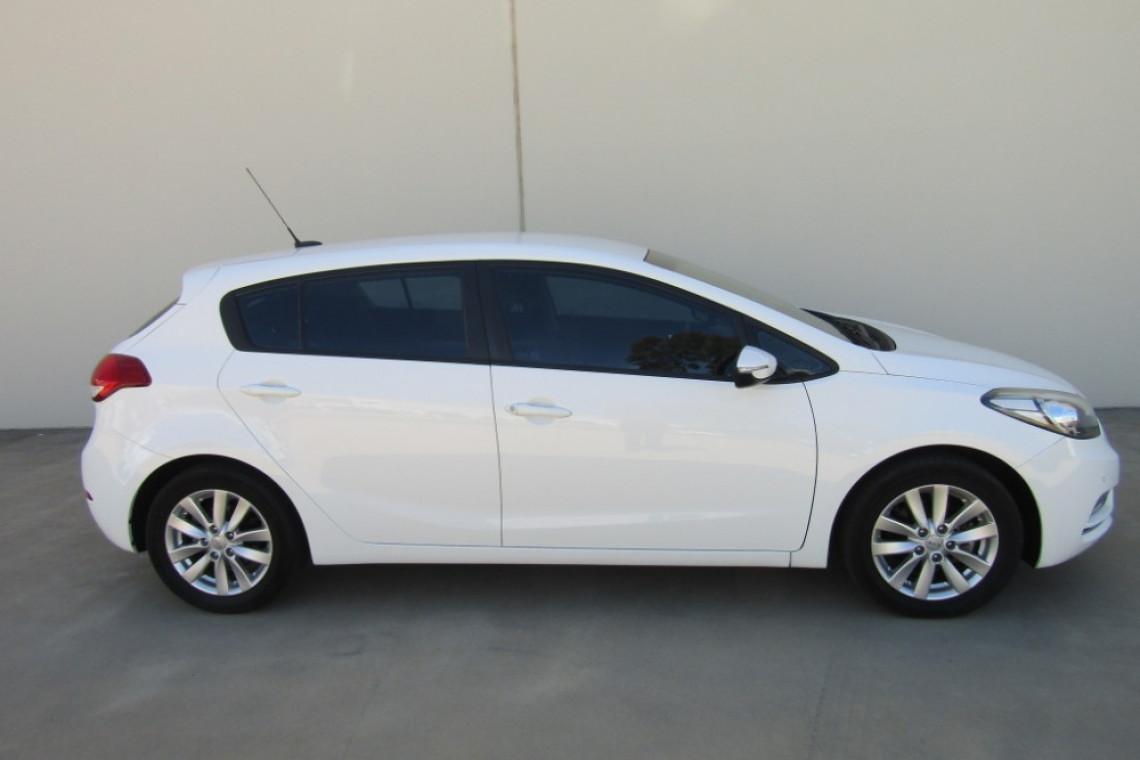 2014 MY15 Kia Cerato YD MY15 S PREMIUM Hatchback