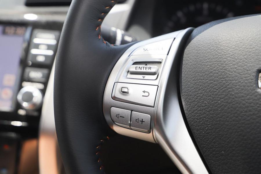 2020 Nissan Navara D23 Series 4 N-TREK Utility Image 19