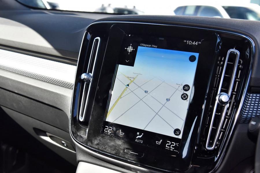 2020 Volvo XC40 XZ T5 R-Design Suv Image 20