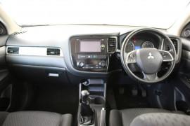 2013 Mitsubishi Outlander ZJ MY13 ES Suv Image 5