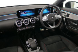 2019 MY00 Mercedes-Benz Cla-class C118 800MY CLA200 Coupe Image 5