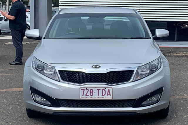 2013 Kia Optima TF Si Sedan Image 2