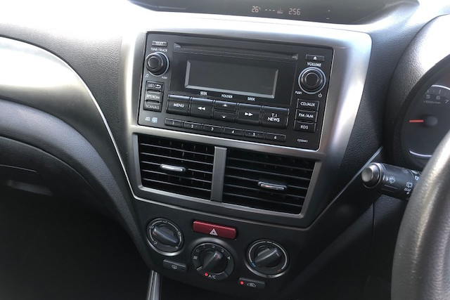 2010 Subaru Impreza R 16 of 18