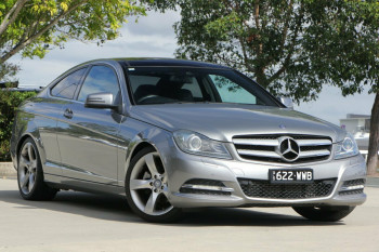 Mercedes-Benz C250 BlueEFFICIENCY 7G-Tronic + C204