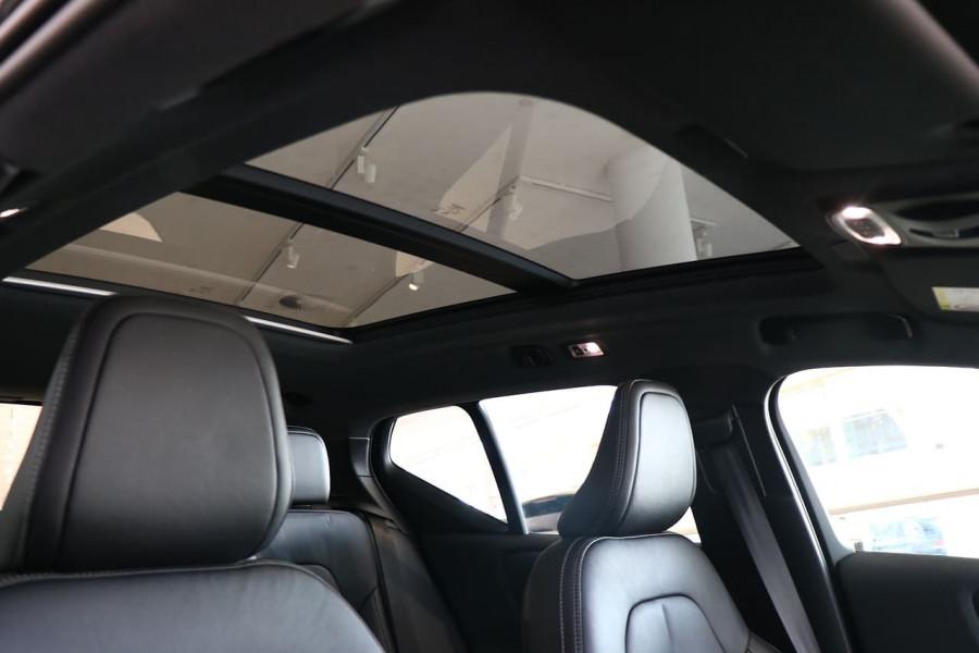 2021 Volvo XC40 XZ T5 Recharge PHEV Suv Image 7