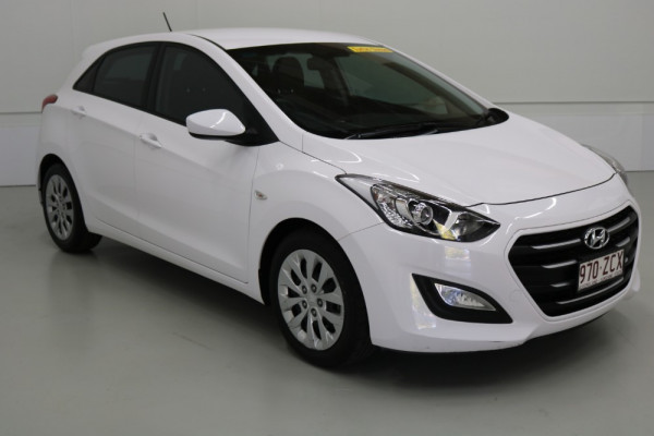 2015 Hyundai I30 GD3 SERIES II MY16 ACTIVE Hatchback Image 4