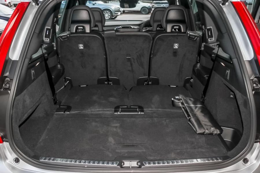 2021 Volvo XC90 L Series T6 R-Design Suv Image 11