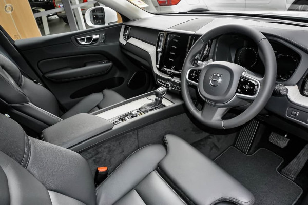 2019 Volvo XC60 UZ T5 Inscription Suv Image 5