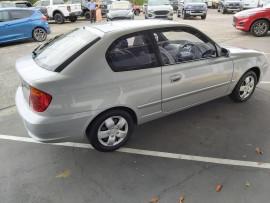 2005 MY04 Hyundai Accent LC  GL Hatchback image 12