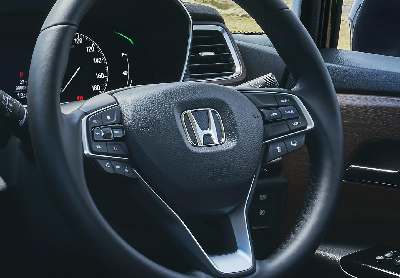 Odyssey Multi-function steering wheel controls