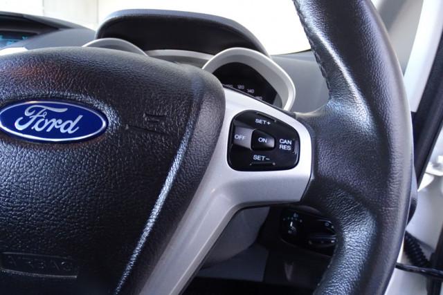 2016 Ford EcoSport Titanium 15 of 23