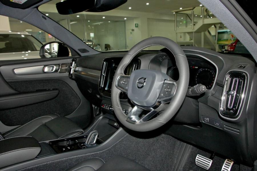 2019 Volvo Xc40 (No Series) MY19 T5 R-Design Suv Mobile Image 7