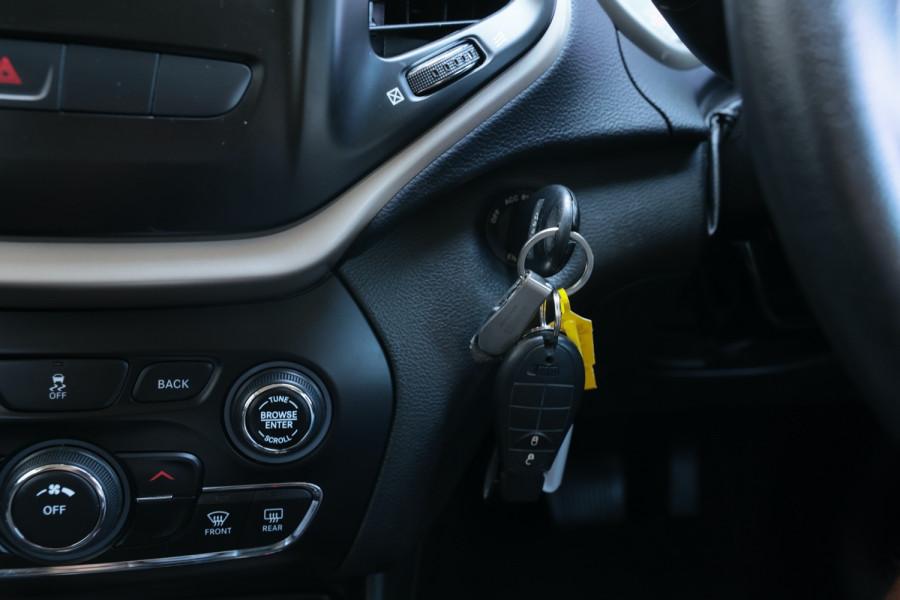 2014 Jeep Cherokee KL Sport Suv Image 22