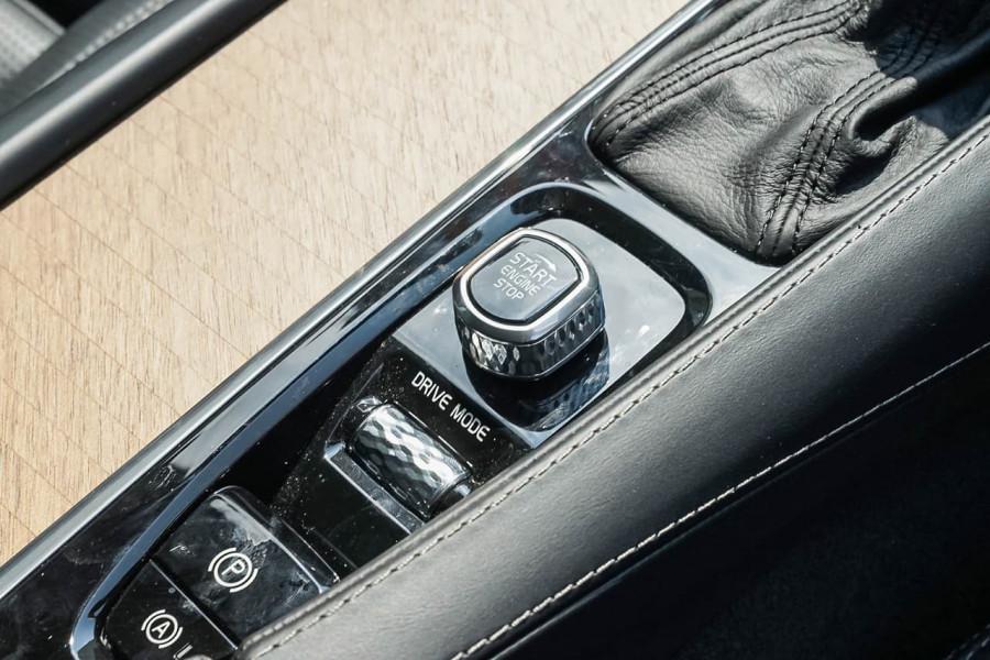 2018 MY19 Volvo XC90 L Series D5 Inscription Suv Image 16
