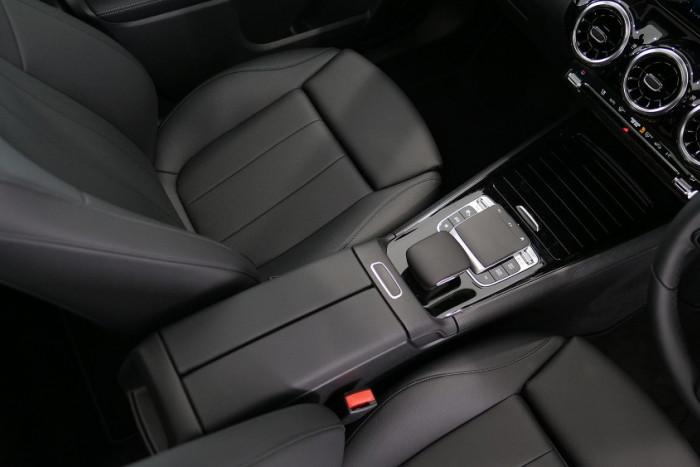 2019 Mercedes-Benz B Class Hatch Image 7
