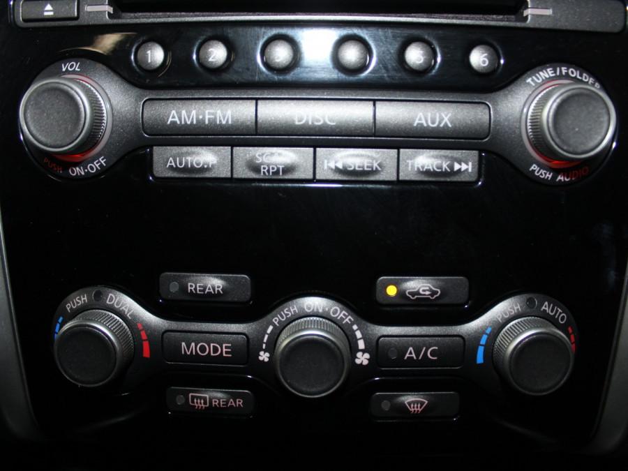 2014 MY15 Nissan Pathfinder R52 ST Suv