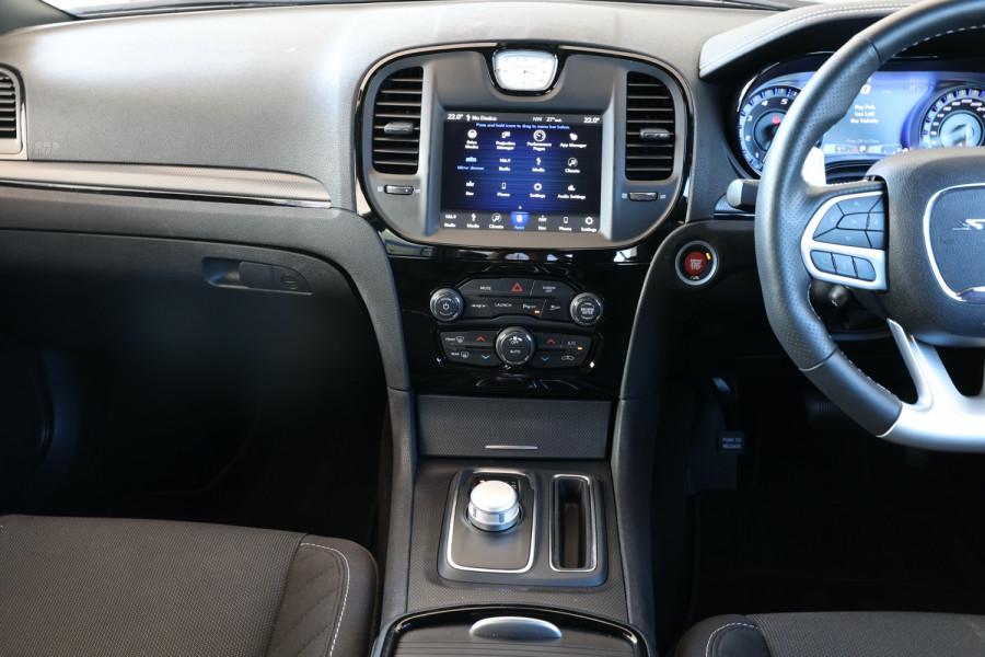 2019 Chrysler 300 LX SRT Core Sedan Image 11