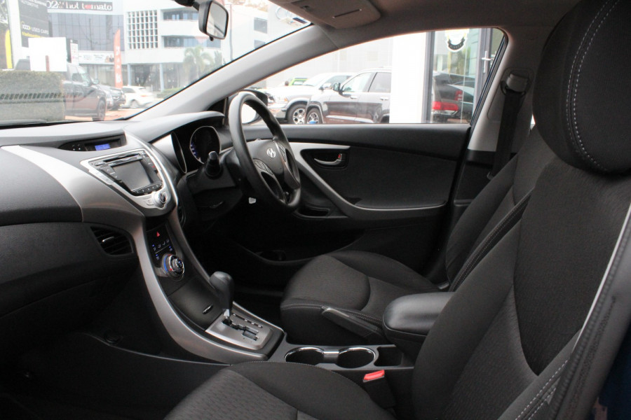 2013 Hyundai Elantra MD3 Active Sedan