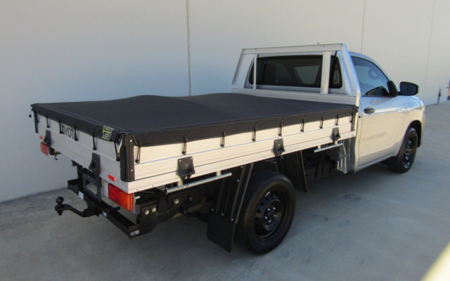 2018 Toyota HiLux TGN121R WORKMATE Cab chassis Image 3
