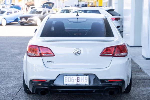 2015 MY16 Holden Commodore VF II  SV6 Sedan Image 5