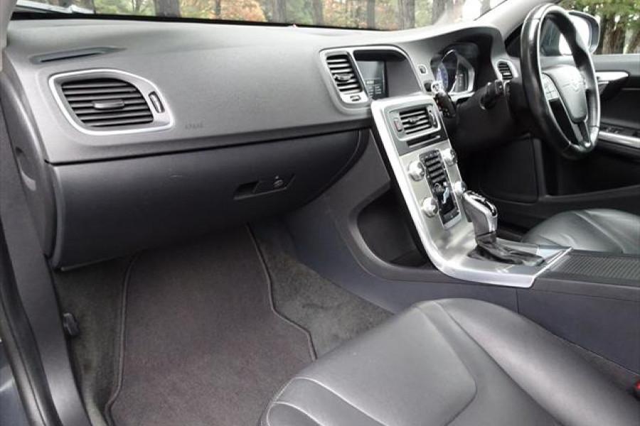 2014 Volvo S60 F Series  D4 D4 - Kinetic Sedan