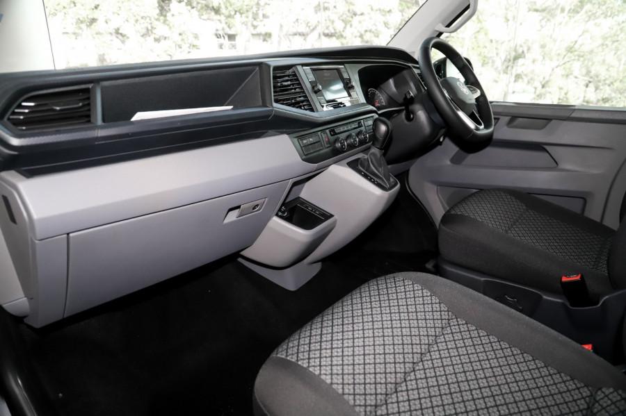 2021 Volkswagen Caravelle T6.1 TDI340 Trendline Van Image 8