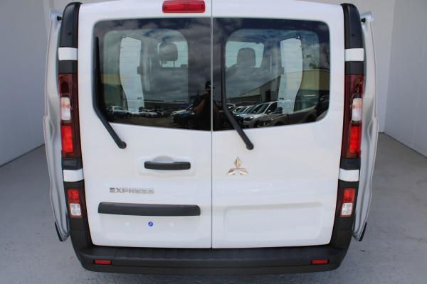 2020 MY21 Mitsubishi Express GLX SWB Manual Van Image 5