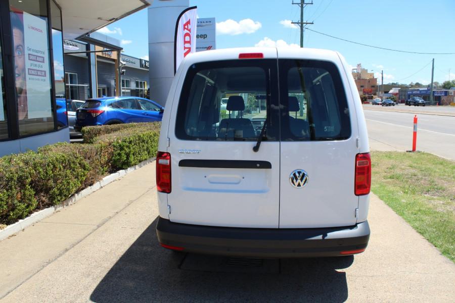 2020 Volkswagen Caddy 2K Maxi Van Lwb van Image 7