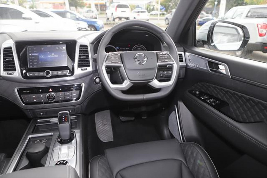 2021 SsangYong Rexton Y450 Ultimate Suv Image 12