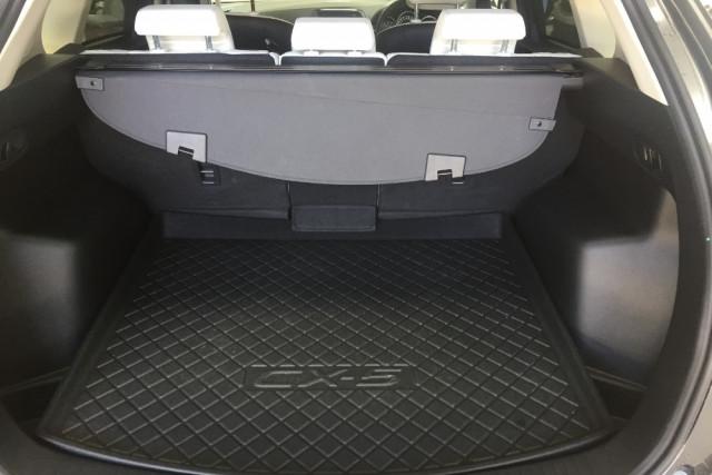 2016 Mazda CX-5 KE Series 2 Akera Awd wagon Mobile Image 12