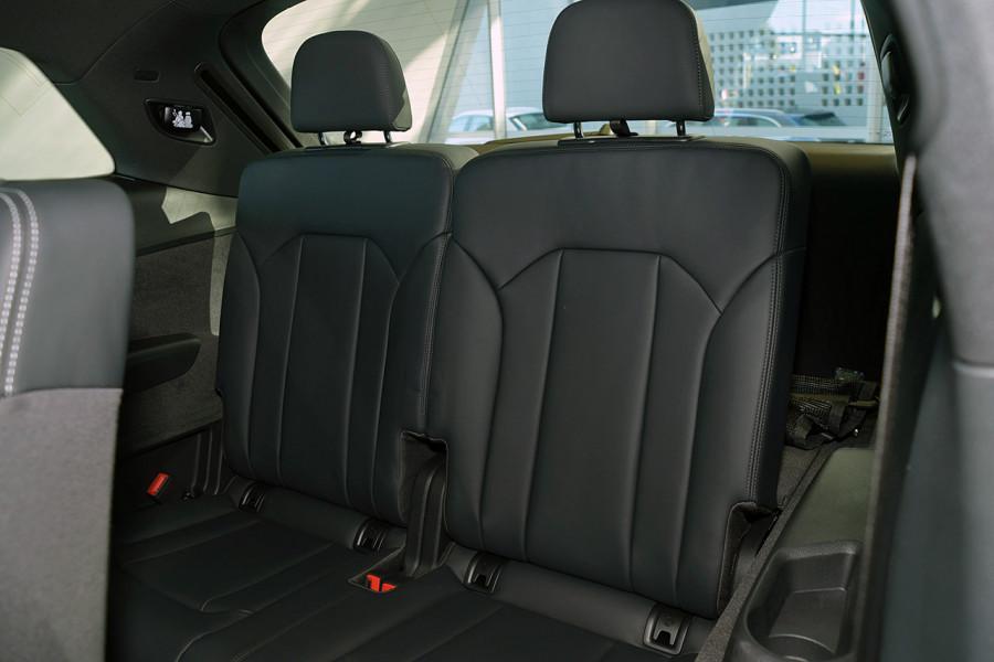 2019 Audi Q7 S 4.0L TDI V8 Quattro Tiptronic 320kW Suv Mobile Image 10