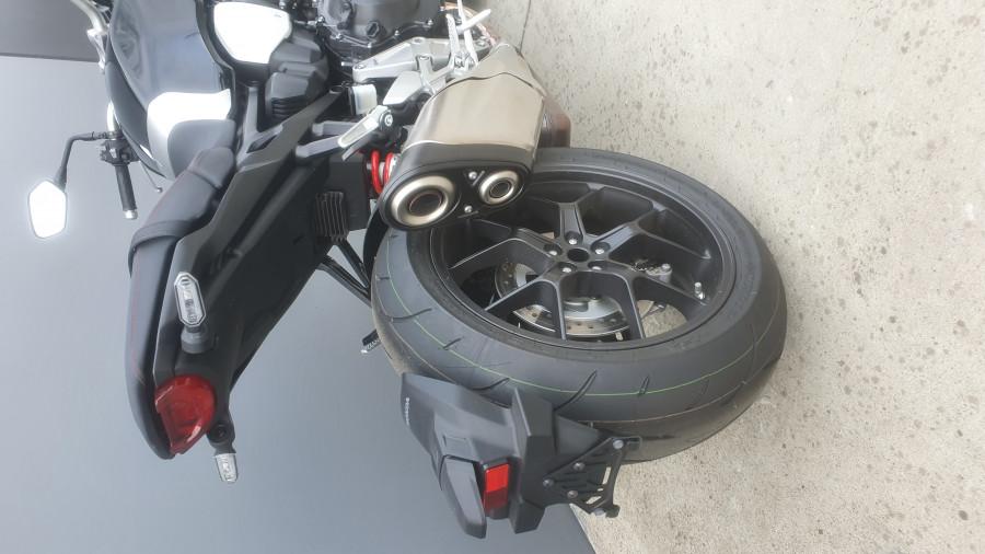 2019 Honda CB1000R CB1000R Image 8