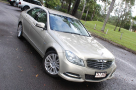 Mercedes-Benz C-class Elegance W204  C250 BlueE