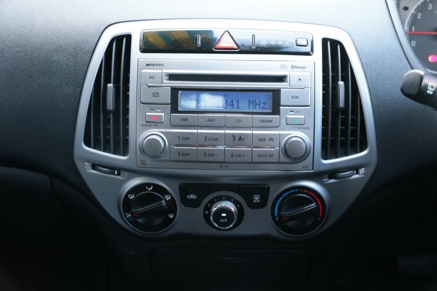 2014 Hyundai I20 PB MY14 Active Hatch Image 12