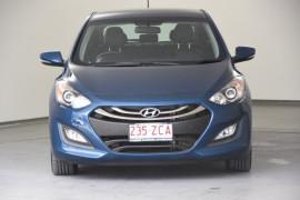 2014 Hyundai i30 GD2 Trophy Hatchback Image 2