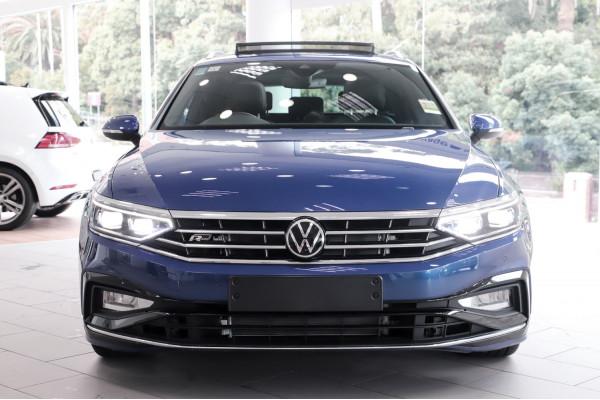 2021 Volkswagen Passat B8 206TSI R-Line Wagon Image 5