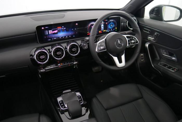 2019 Mercedes-Benz A Class A250 Sedan Image 6