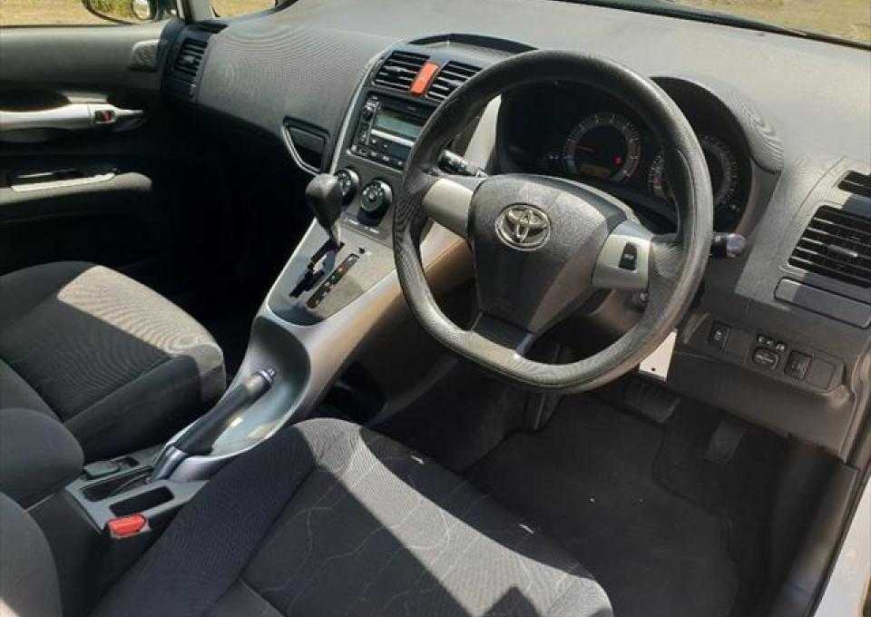 2011 Toyota Corolla ZRE152R  Ascent Hatchback