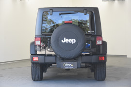 2018 Jeep Wrangler JK MY18 Unlimited Softtop Image 5