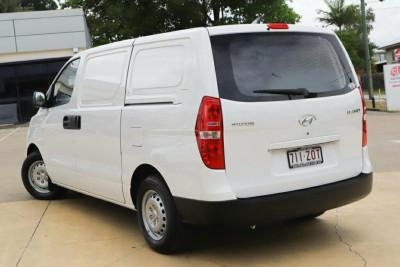 2020 Hyundai iLoad TQ4 Van Van Image 2