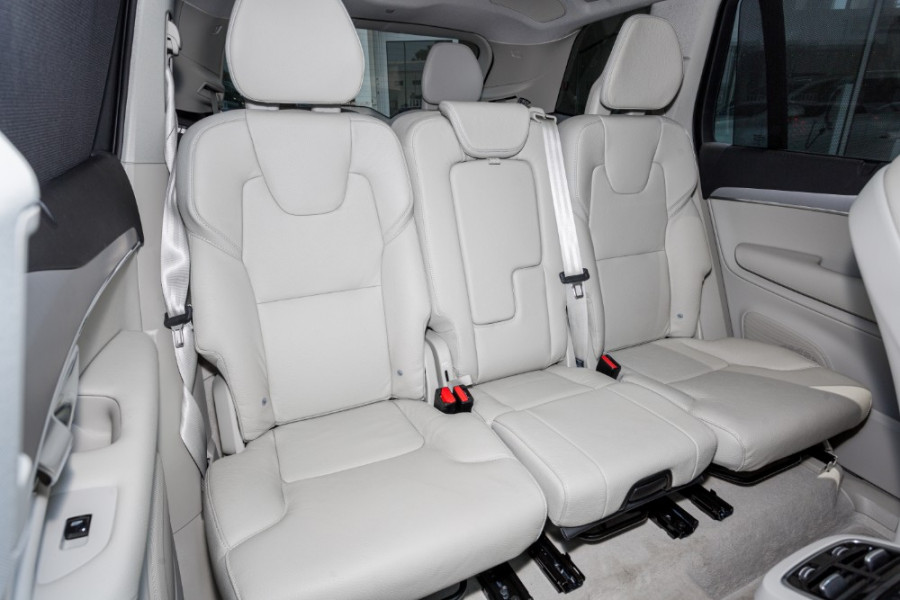 2019 MY20 Volvo XC90 L Series T6 Momentum Suv Image 26