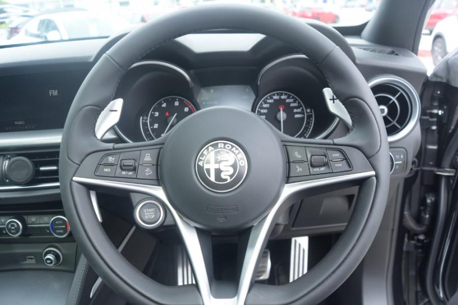 2018 Alfa Romeo Stelvio Ti Suv Image 13