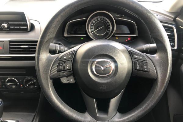 2015 Mazda 3 BM5278 NEO Sedan Image 4