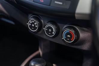 2009 Mitsubishi Outlander ZH MY10 LS Suv Image 5