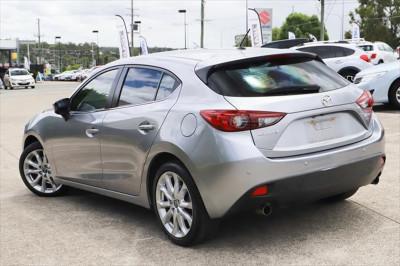 2015 Mazda 3 BM Series SP25 Hatchback Image 3