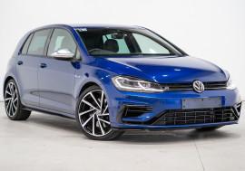 Volkswagen Golf R Volkswagen Golf R Auto