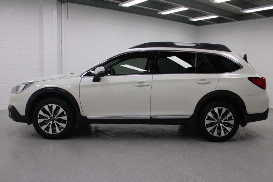 2015 Subaru Outback 3.6R Image 4