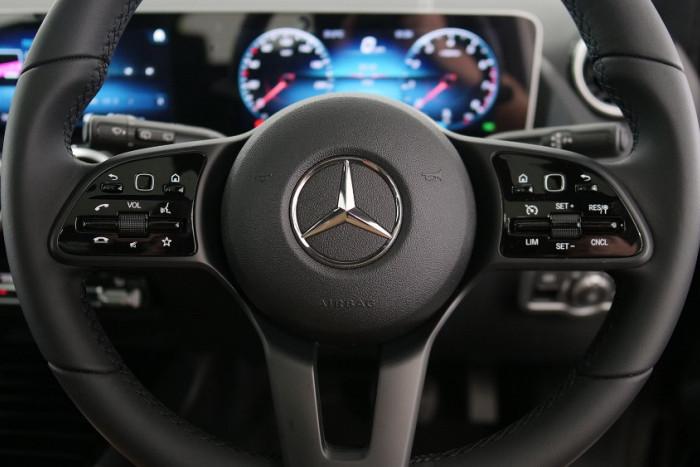 2019 Mercedes-Benz B Class Hatch Image 8