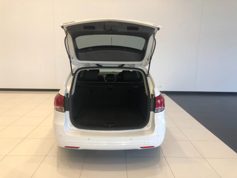 2016 Holden Cruze JH Series II CD Sportwagon Image 13
