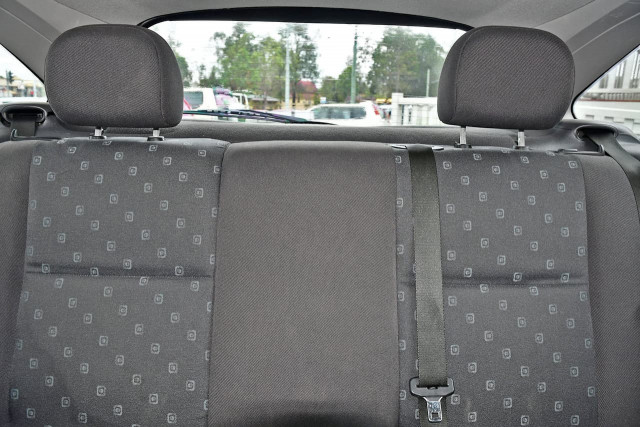 2003 Ford Focus LR MY03 CL Hatchback Image 14